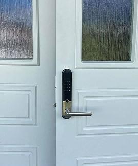 Yale Doorman L3 dobbeldør.jpg