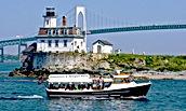 Newport ferry.jpg