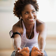28410-ab2c3b-black-woman-working-out-100