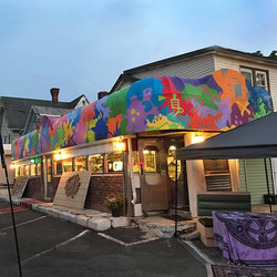Photo by Phylis Barfoot, mural art by JPO, event Get Juiced grand opening, sussex, NJ
