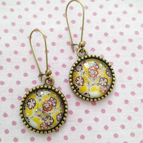 Boucles d'oreilles bronze pendantes tapisserie