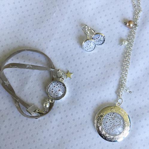 Coffret Bracelet, Médaillon et boucles dentelle