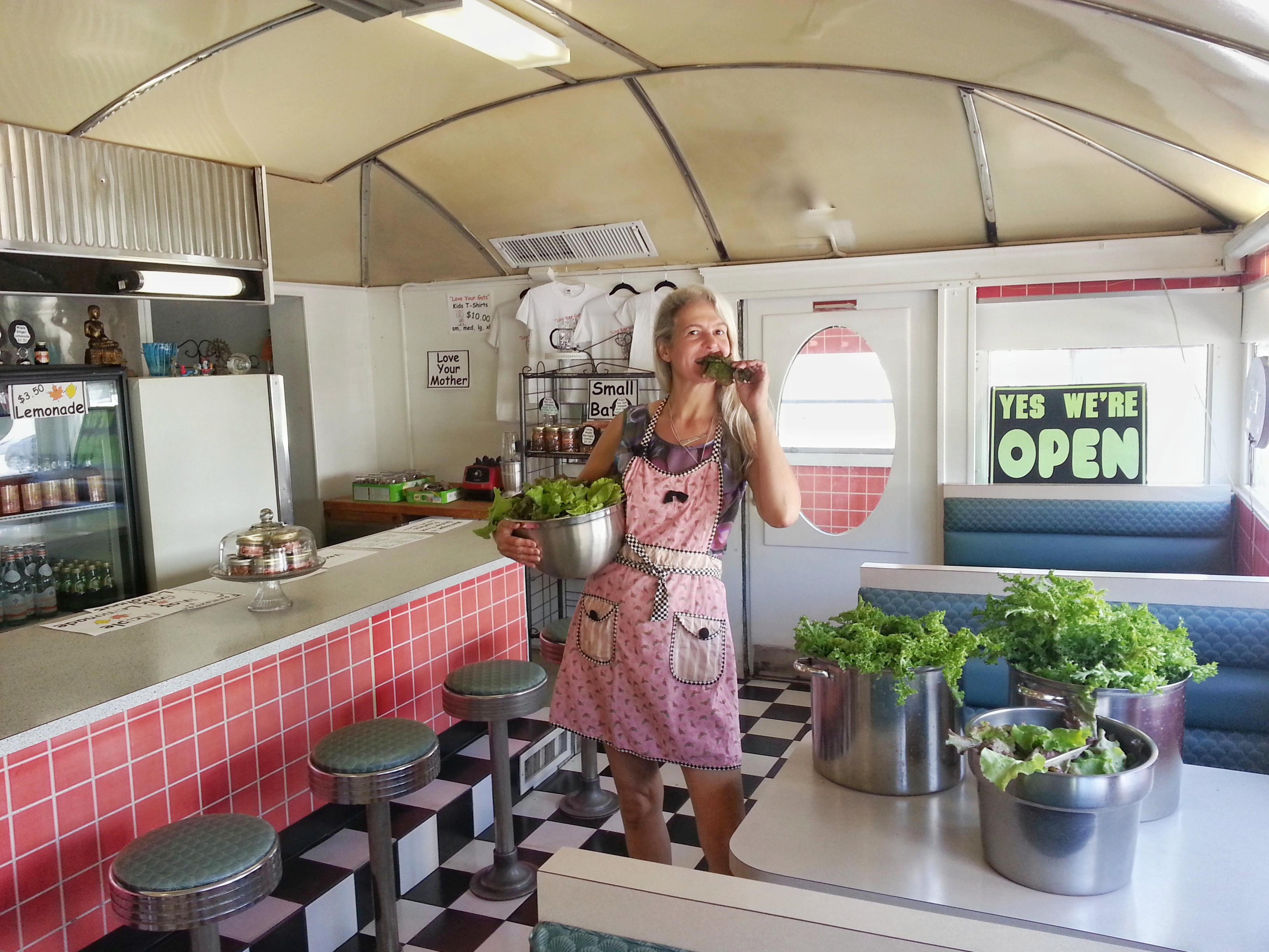 Stefanie loves lettuce_