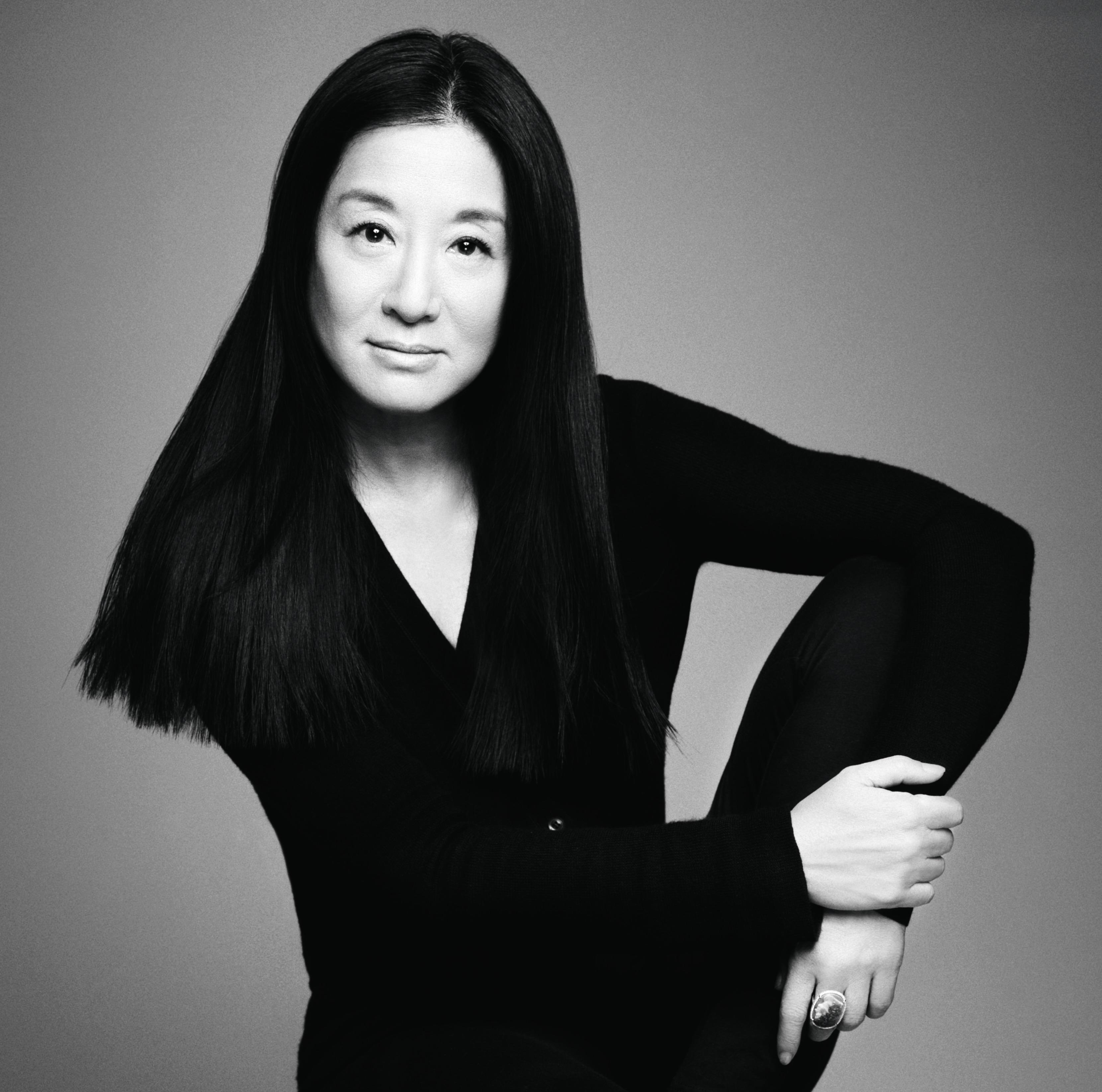 Vera Wang FASHION DESIGNER