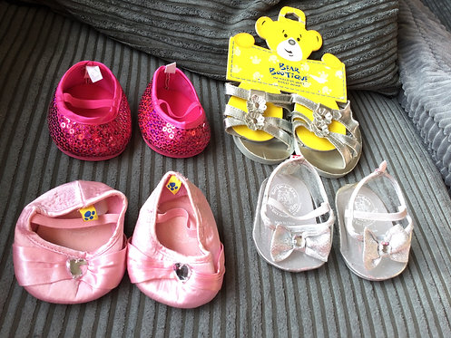Build a bear 4 x shoes good condition