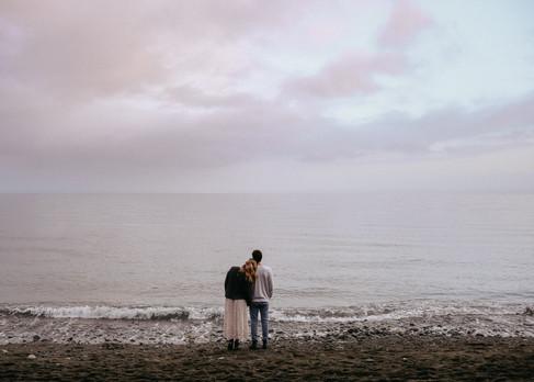 Freya_photography_Victoria_BC_wedding_photographer_Adventure_elopement_photographer_Beach_couples_canadian_wedding_photographer_Victoria_BC_engagement_photographer