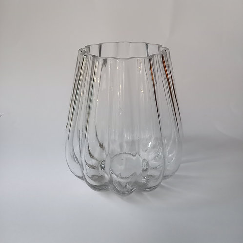 Vase ondulé