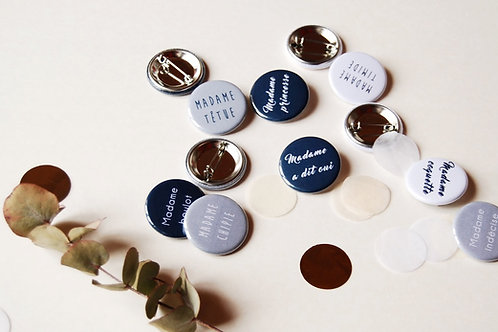 EVJF - Lot de 12 badges Madame