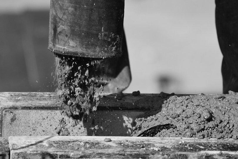 concrete-pump-2222450_1920_edited.jpg