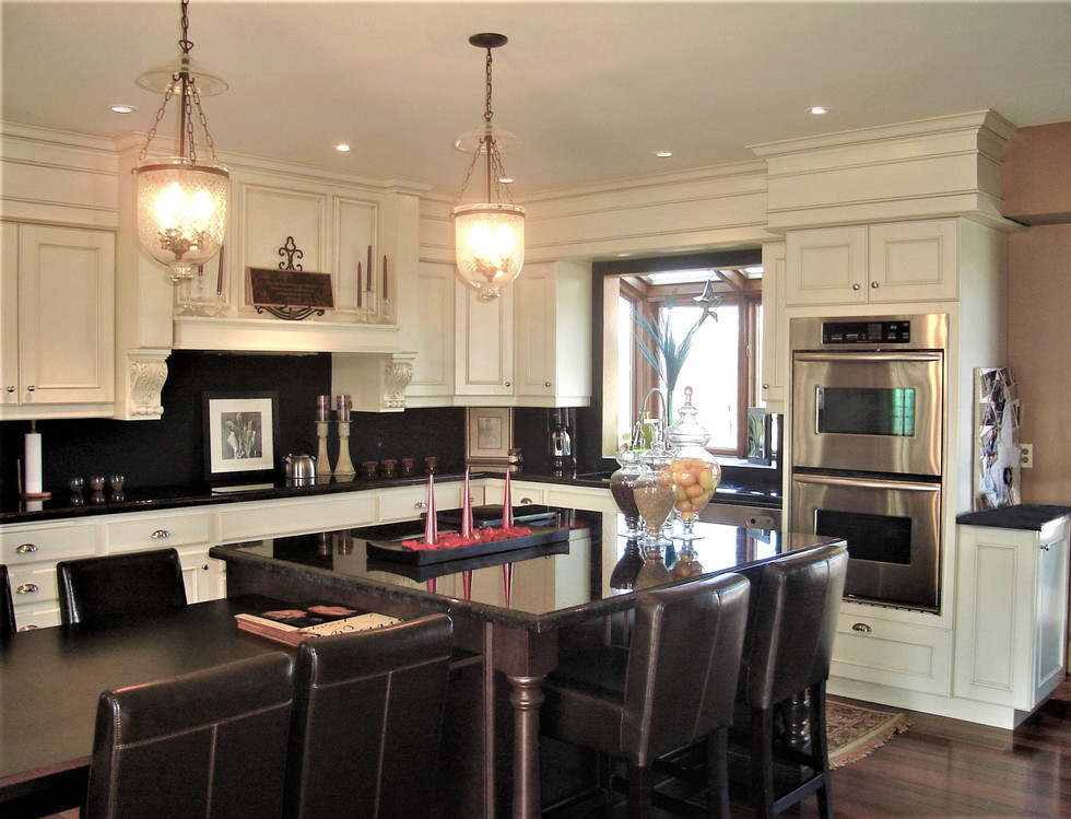 Copy_of_Faus_Kitchen_0101.jpg