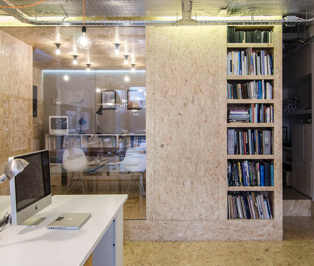 Jan 18 - The new year starts with a brand new office for HA