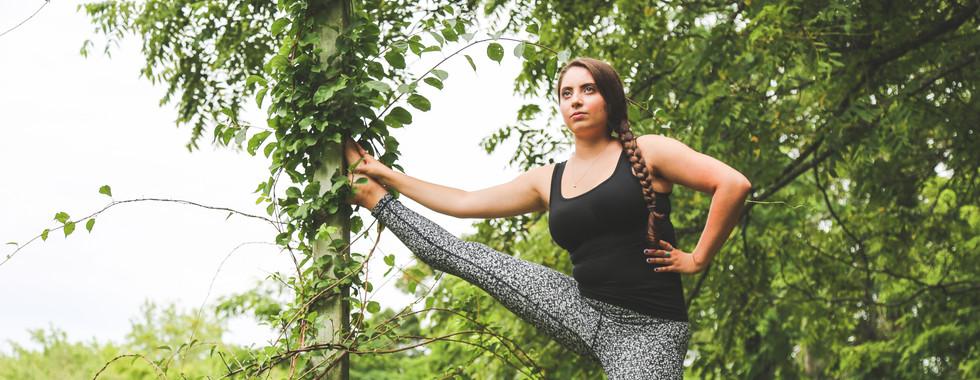 outdoor yoga fitness photography ct michele iljazi