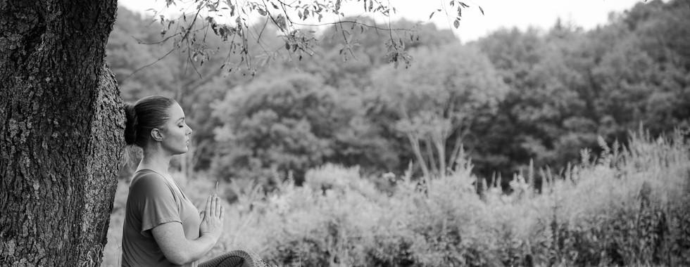 outdoor black and white yoga meditation ct michele iljazi photography