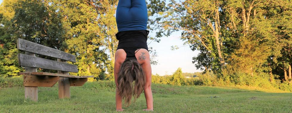 handstand outdoor ct yoga photography michele iljazi