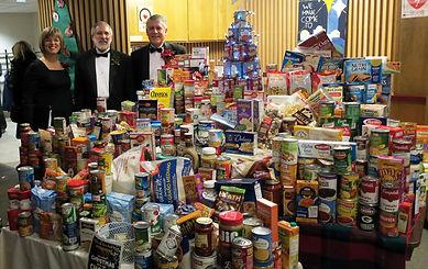 Xmas.foodbank.12-8-18.jpg