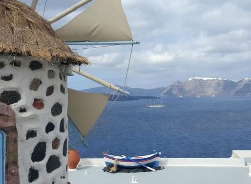 Relaxing Vacation at Kokkinos Villas in Santorini