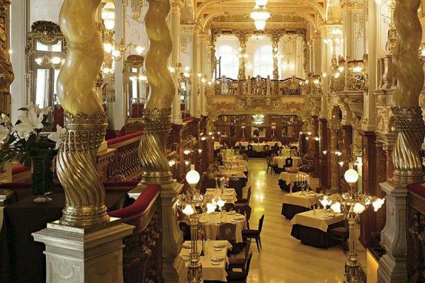 The New York Café