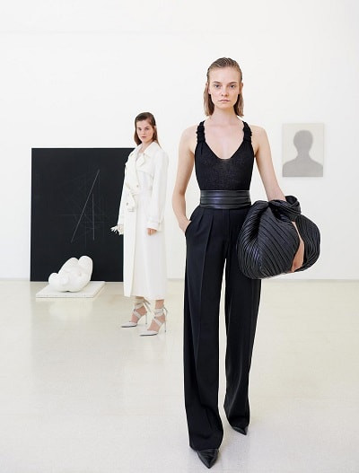 Max Mara: Resort 2019 Collection