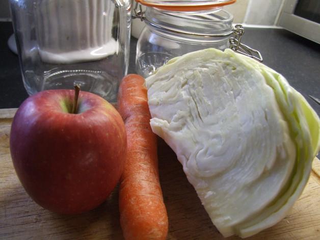 Carrot, Apple & White Cabbage Sauerkraut