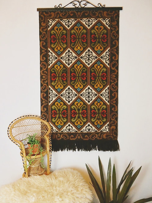 Vintage 70s Hanging Rug Wall Tapestry