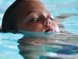 Surprising Reasons a Lifeguard May Not Be Able to Always See Your Child