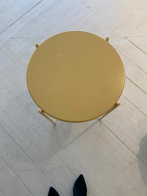 """שולחן מתכת קוטר 45 ס""""מ איקאה"""