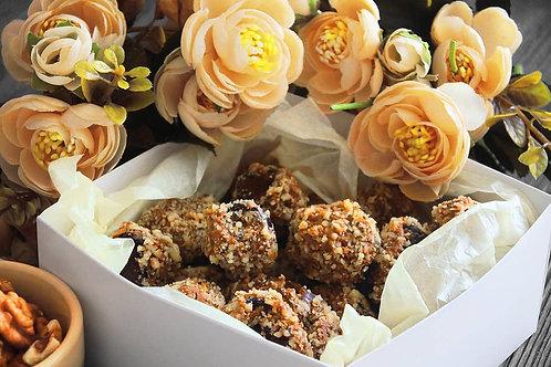 Финики в шоколаде с ореховой начинкой (350 г)