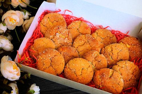 Медово-имбирное печенье с нотками лимона.
