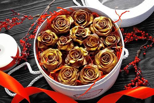 Подарочный набор из шоколадных роз