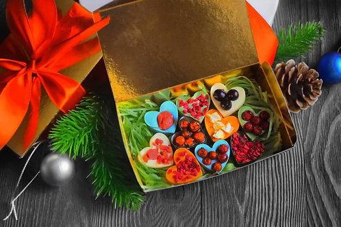 """Подарочный набор """"Сердца"""" в золотой коробке"""