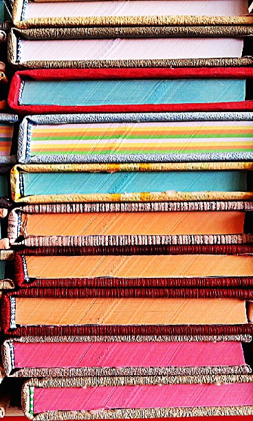 books-handmade_t20_R2EQgm.jpg