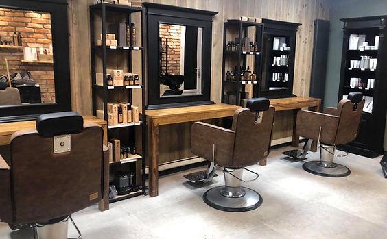 Espace barbier du Salon Naturel Coiffure