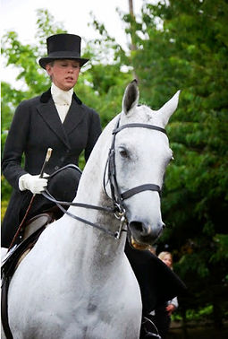 side saddle, sidesaddle, ride side saddle, ride aside, ride sidesaddle, how to ride side saddle, how to fit a side saddle, annual gathering, international side saddle organization, isso, concours d'elegance side saddle attire, side saddle attire