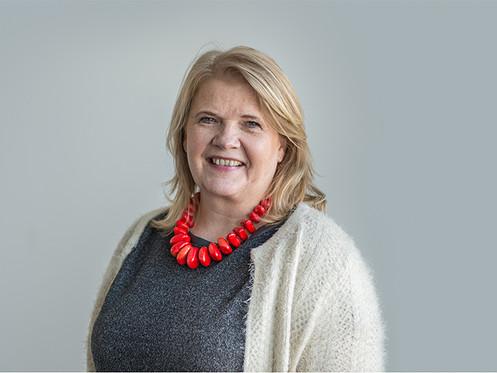 Dr Erna Haraldsdottir