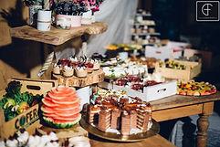 Desszertsziget esküvőre, gyümölcssziget, esküvői nyalánskágok