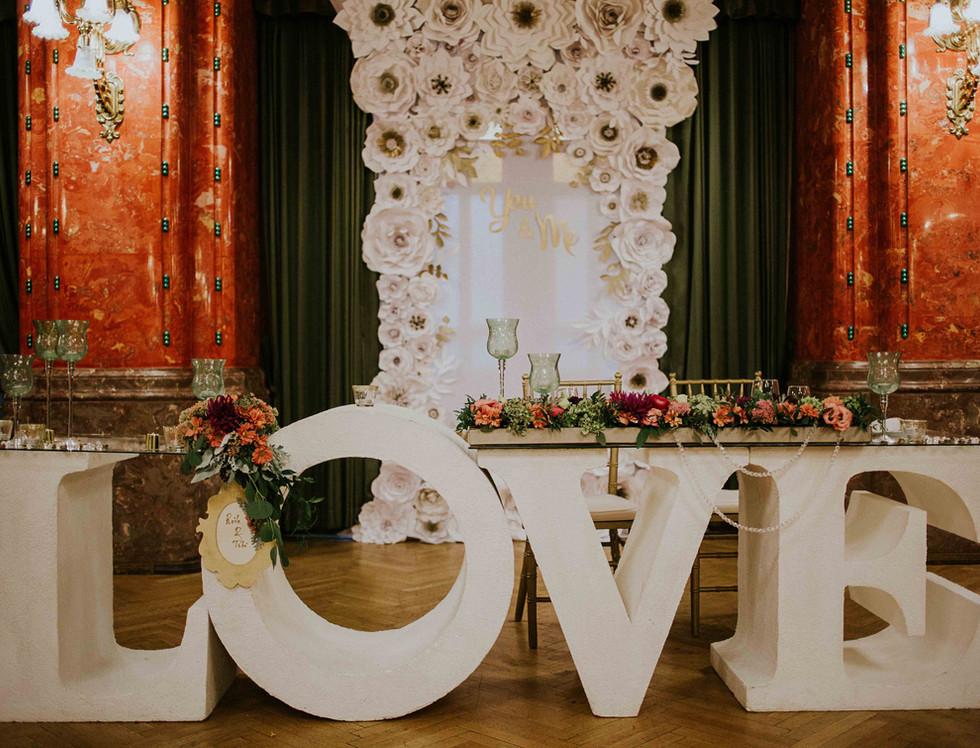 A főasztal- LOVE