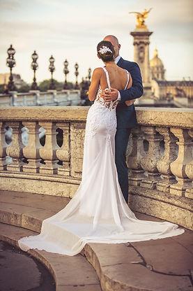 557c5dd9bf Nehézség lehet még, az is- ami manapság gyakran előfordul szalonunkban is-  amikor a menyasszony messze lakik szalonunktól, vagy külföldön él, és  ritkán jár ...