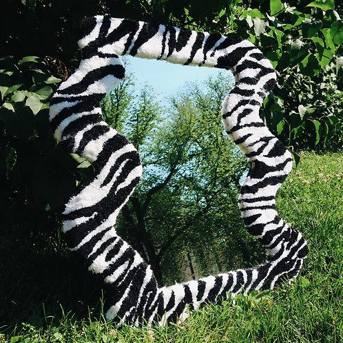 ZEBRA wavy mirror