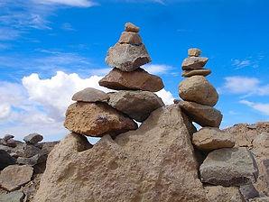 pile-of-stones-2677879__340.jpg
