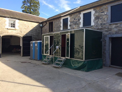 Luxury Toilet Trailer for hire
