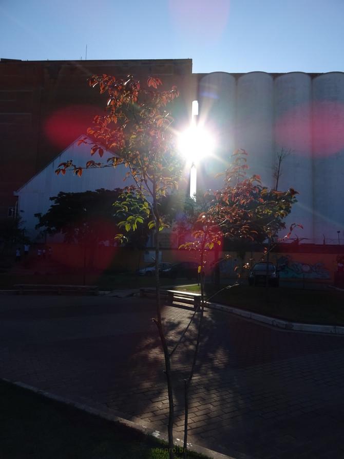 Luz sobre nossa escola