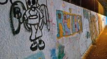 Foto noturna com celular: grafites
