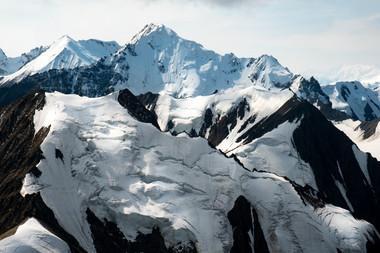 yukon-canada-snow-mountain-peaks-2.jpg