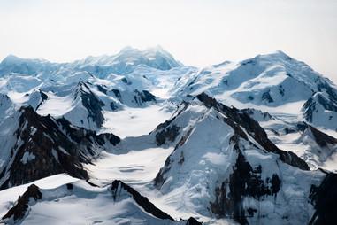 yukon-canada-snow-mountain-peaks.jpg