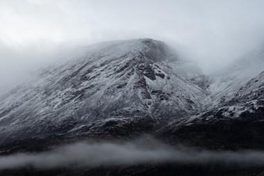 arctic-canada-mountain-snow-fog.jpg