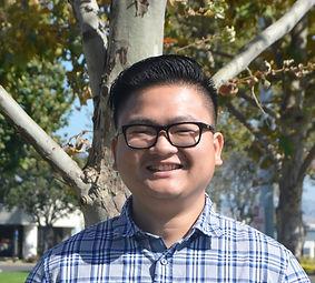 Hoang_Headshot.JPG