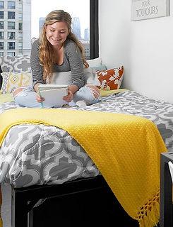 parkside-bedroom-wide_edited.jpg