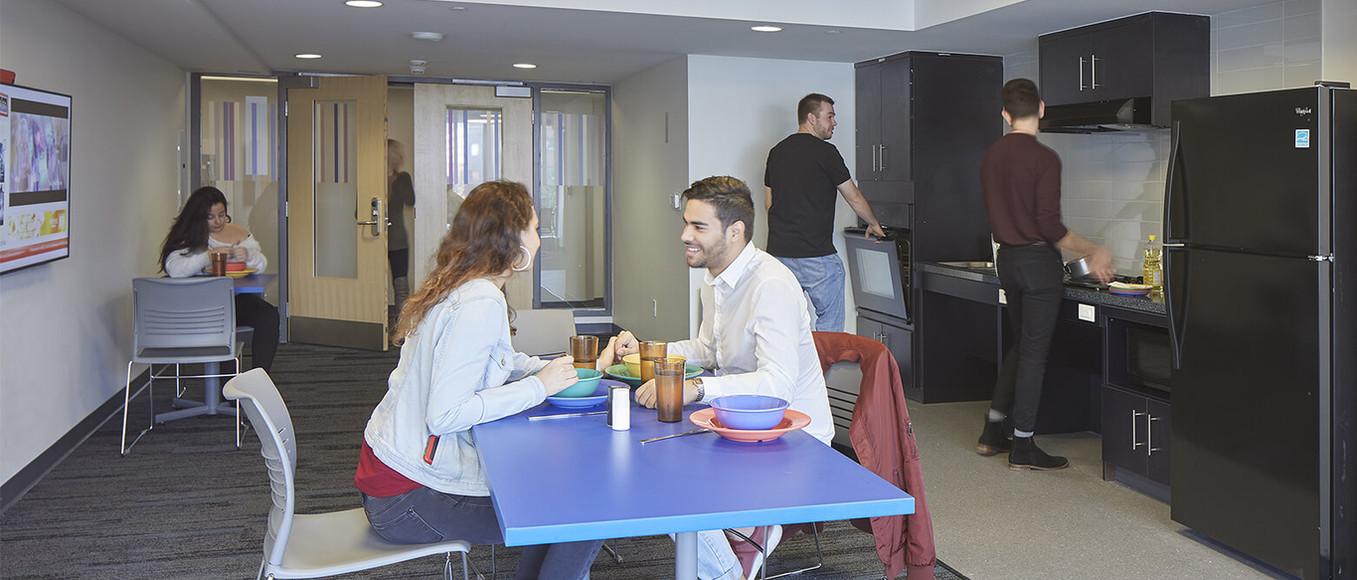 campusone-kitchen1.jpeg