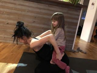 Går det att yoga och meditera tillsammans med bebis och barn?