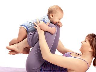 Mamma-bebis yoga i Kungsbacka